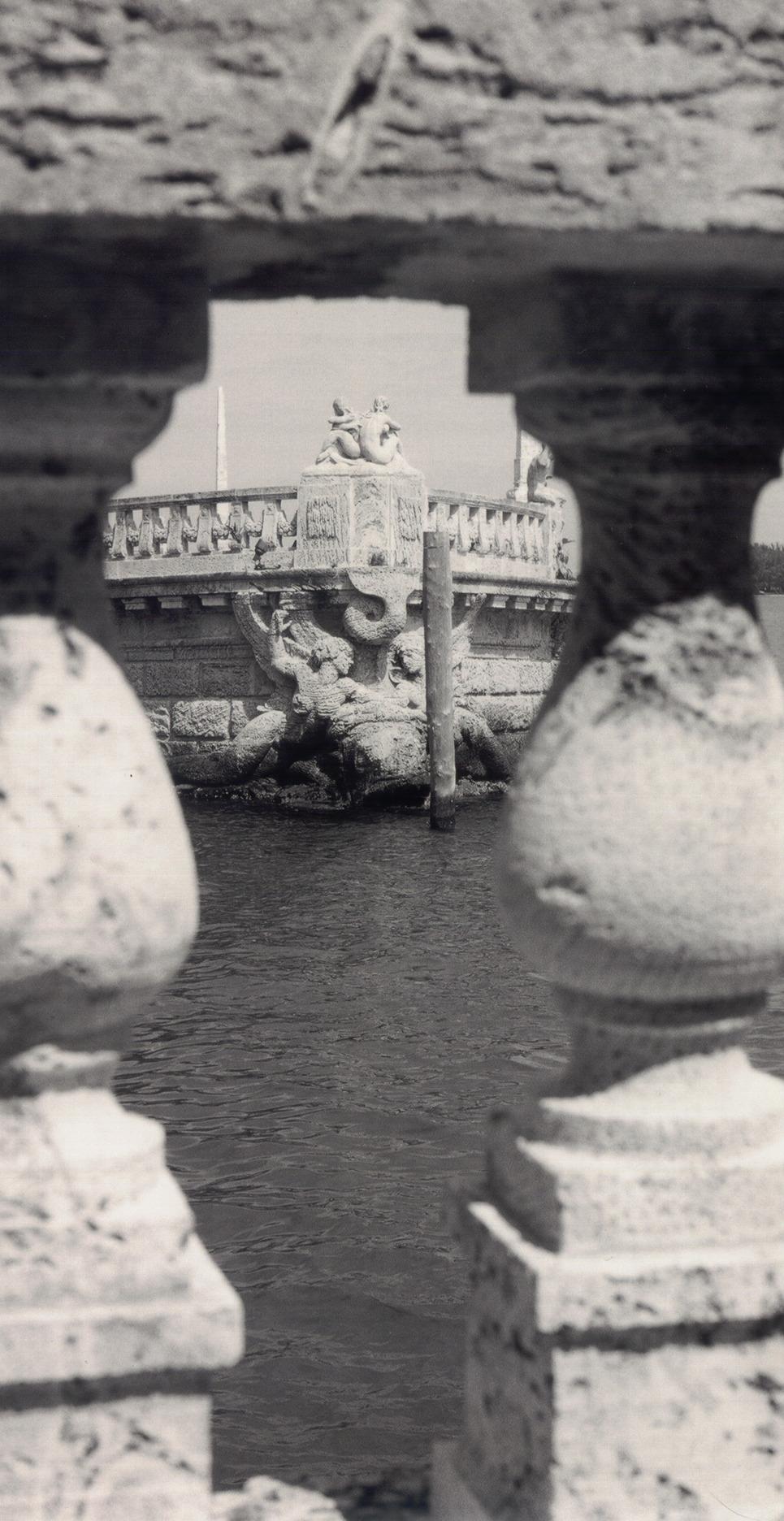 Stone mermaids show