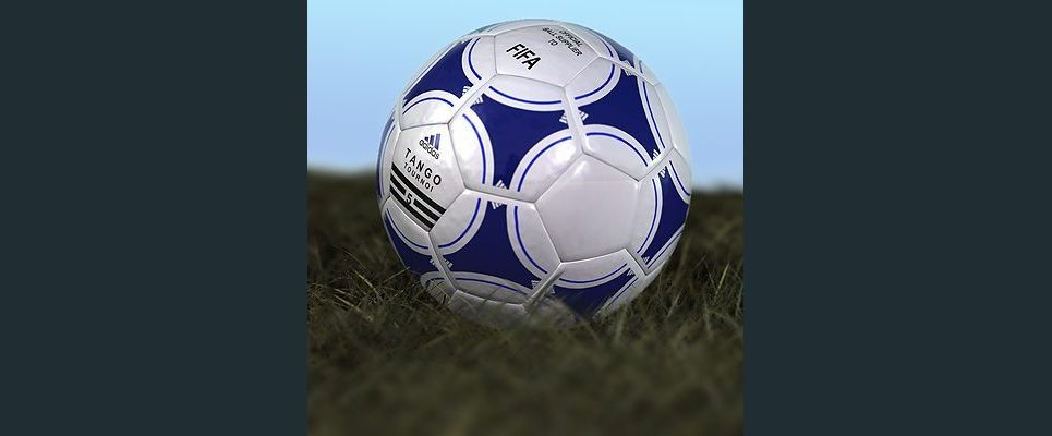 Adidas soccerball show