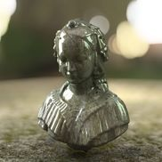 Clearcoat bust dof small