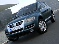 VW Touareg (2008) 3D Model
