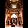 20 14 26 392 vatican architecture door 003 4