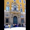 20 14 26 992 vatican architecture door 005 4
