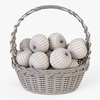 01 08 56 116 023 wicker basket04n apples  4